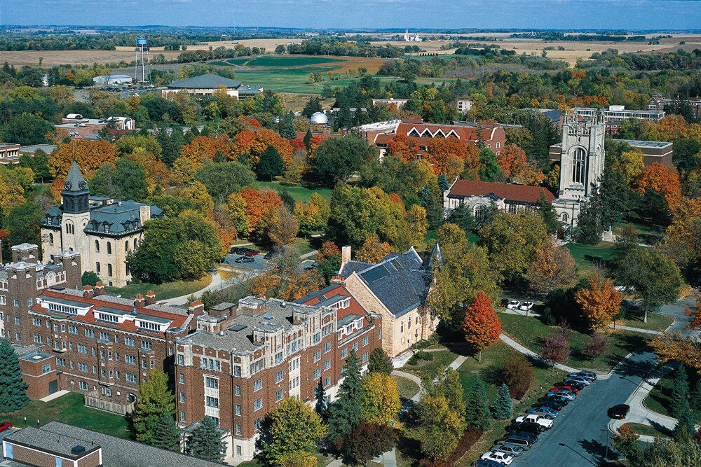 carleton college requirements