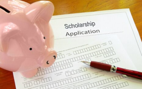 College Scholarship Application Requirements